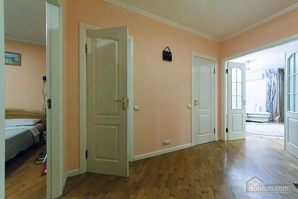 Apartment on Maidan, Una Camera (39323), 015