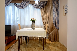 Apartment on Maidan, Un chambre, 004