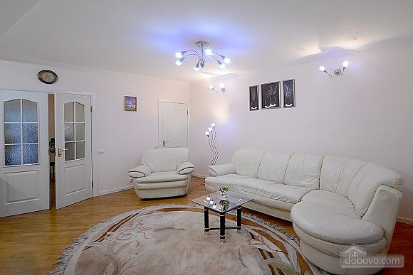 Apartment on Maidan, Una Camera (39323), 005