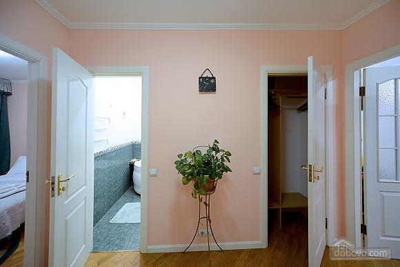 Apartment on Maidan, Una Camera (39323), 014