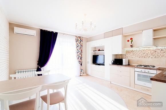VIP апартаменты, 2х-комнатная (38457), 002
