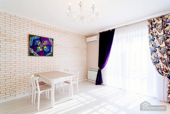 VIP апартаменты, 2х-комнатная (38457), 001