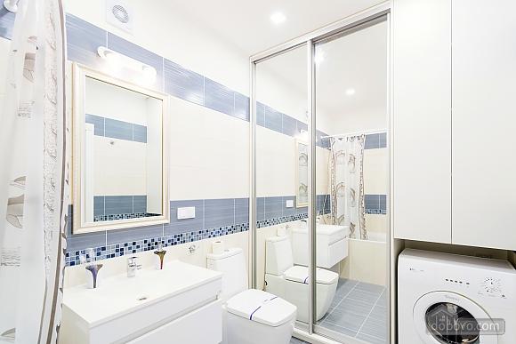 VIP апартаменты, 2х-комнатная (38457), 012