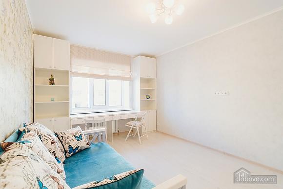 VIP апартаменты, 2х-комнатная (38457), 020