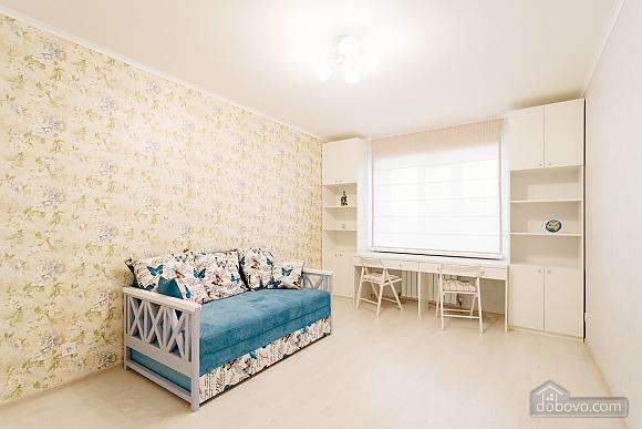 VIP апартаменты, 2х-комнатная (38457), 023