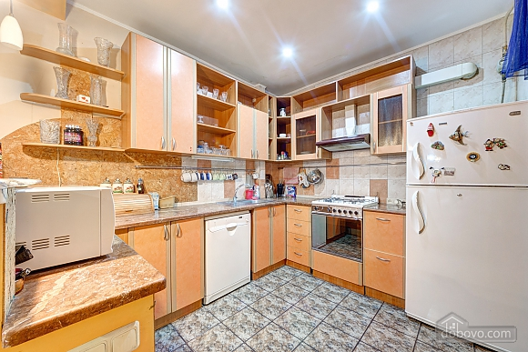 Great apartment near the metro, Due Camere (74330), 004