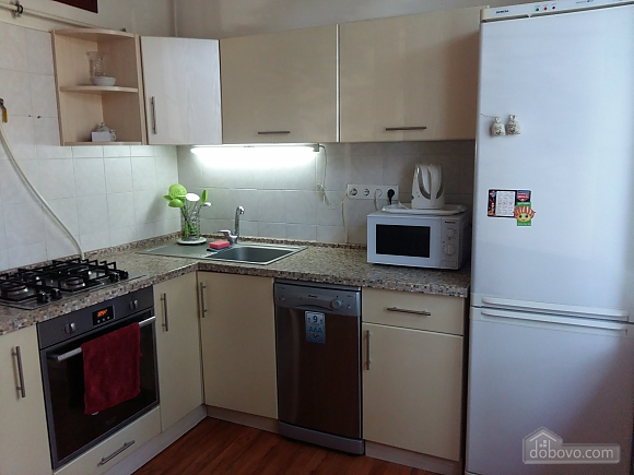 Apartment near Druzhby Narodiv metro station, Dreizimmerwohnung (71999), 005