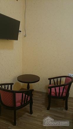 Pink Toucan, Studio (91736), 002
