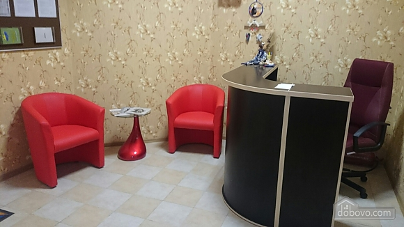 Pink Toucan, Studio (91736), 012