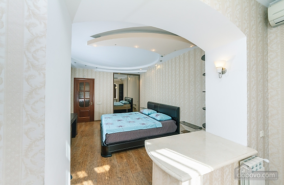 Comfortable and quiet apartment in the centre, One Bedroom (73274), 008