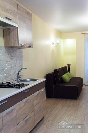 Apartment in the city center, Studio (85830), 007