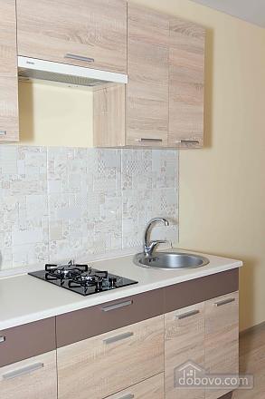 Apartment in the city center, Studio (85830), 008