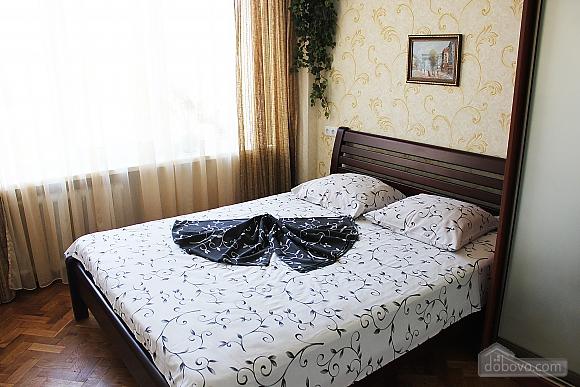 Комфортна квартира на Печерську, 2-кімнатна (26167), 002