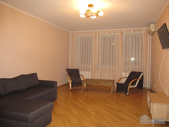 Suite near Boris hospital, Dreizimmerwohnung (99511), 006