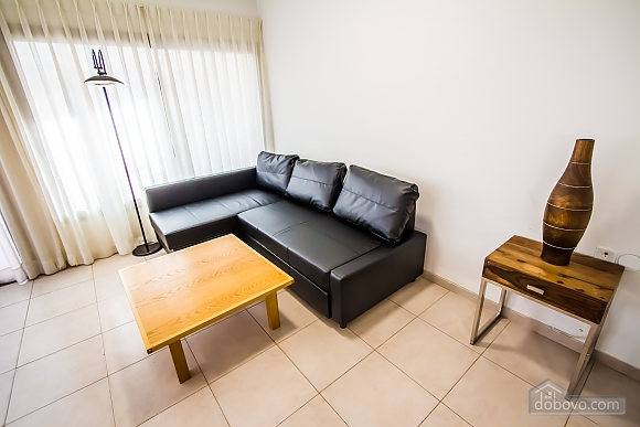 Spacious apartment near the sea, Three Bedroom (55257), 008