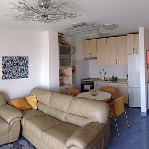 Квартира, 3х-комнатная, 002