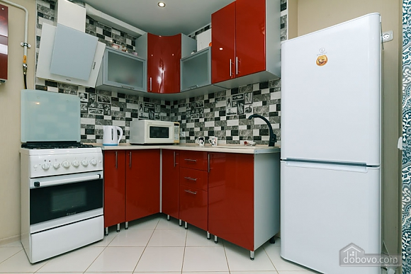 Cozy family apartment with excellent transport accessibility, One Bedroom (88855), 006