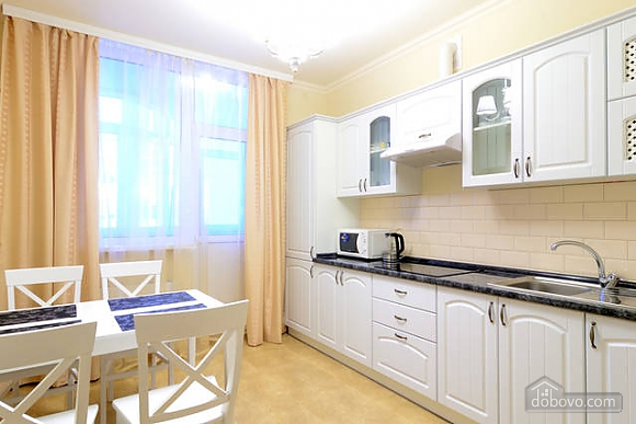 Deluxe with 2 bedrooms Osokorky, One Bedroom (73016), 003