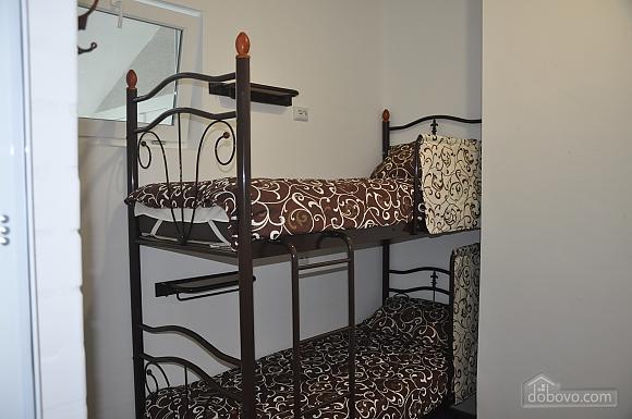 Ліжко в спільному двомісному номері, 1-кімнатна (93677), 001