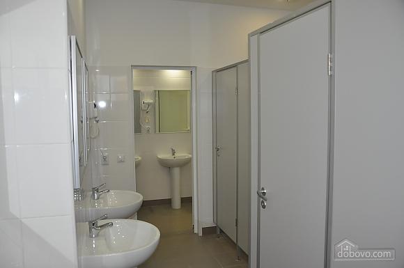 Ліжко в спільному двомісному номері, 1-кімнатна (87983), 006