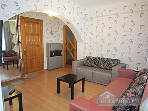 Apartment with renovation near the railway station, One Bedroom (99249), 003