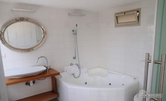 Apartment in Tel Aviv's seafront, Due Camere (76069), 002