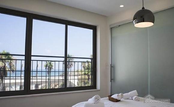 Apartment in Tel Aviv's seafront, Dreizimmerwohnung (76069), 003