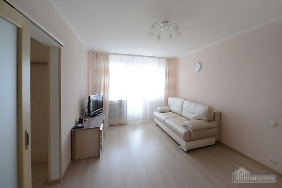 Apartment with renovation near Arena City and Mandarin Plaza, One Bedroom (82528), 002