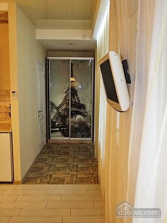 Нова квартира-студія в тихому центрі, 1-кімнатна (16096), 005