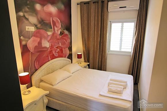 Затишна квартира з видом на Середземне море, 2-кімнатна (55554), 001