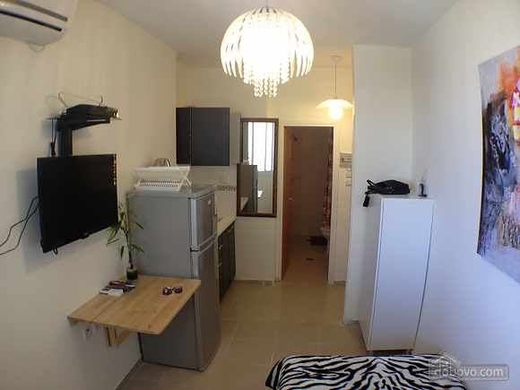 Compact apartment on the embankment of the Bat-Yam, Studio (60730), 004