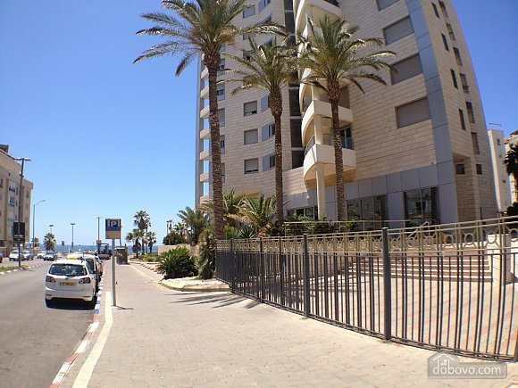 Compact apartment on the embankment of the Bat-Yam, Studio (60730), 017