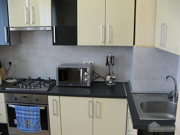Apartment near the well-room, One Bedroom (22420), 004