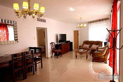 Business class apartment near the sea, Trois chambres (63666), 002