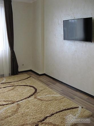 Квартира возле бювета, 2х-комнатная (59787), 005