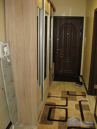 Квартира возле бювета, 2х-комнатная (59787), 006