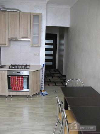 Квартира возле бювета, 2х-комнатная (59787), 010