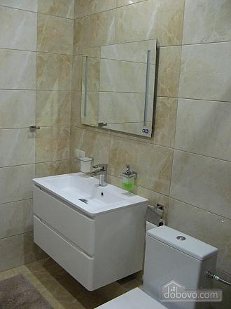 Квартира возле бювета, 2х-комнатная (59787), 015