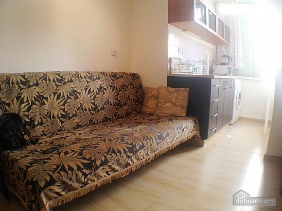 Квартира возле моря, 2х-комнатная (60980), 005