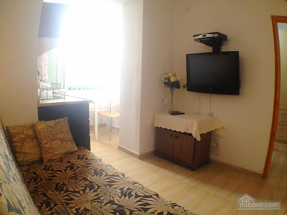 Квартира возле моря, 2х-комнатная (60980), 006