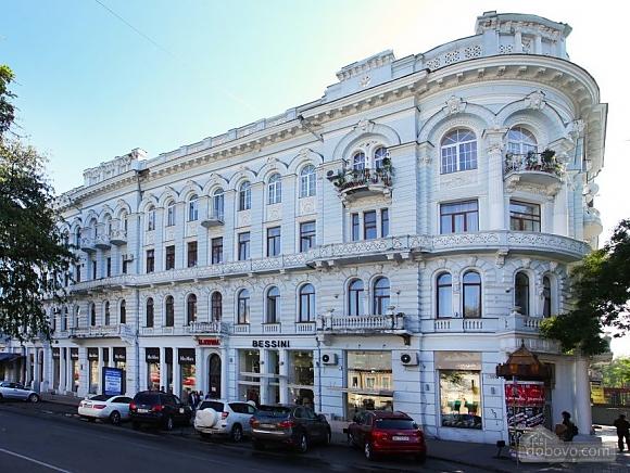 Luxury apartments near Derybasivska and Opera theatre, Vierzimmerwohnung (68395), 011