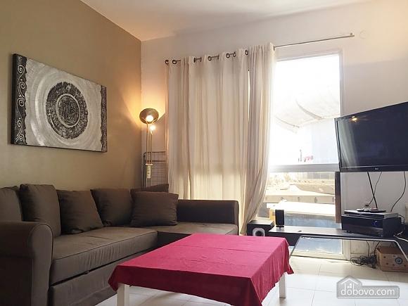 Квартира у моря, 3х-комнатная (39017), 003