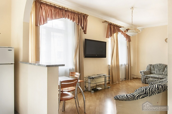 Apartment on Maidan, One Bedroom (73260), 002
