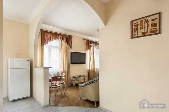 Apartment on Maidan, One Bedroom (73260), 003