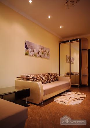 Апартаменты возле Оперного театра, 1-комнатная (93245), 002