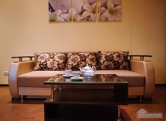 Апартаменты возле Оперного театра, 1-комнатная (93245), 001