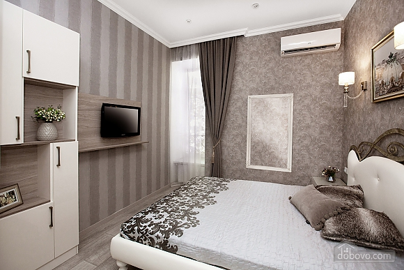 Luxury apartment in the city center, Two Bedroom (68737), 007