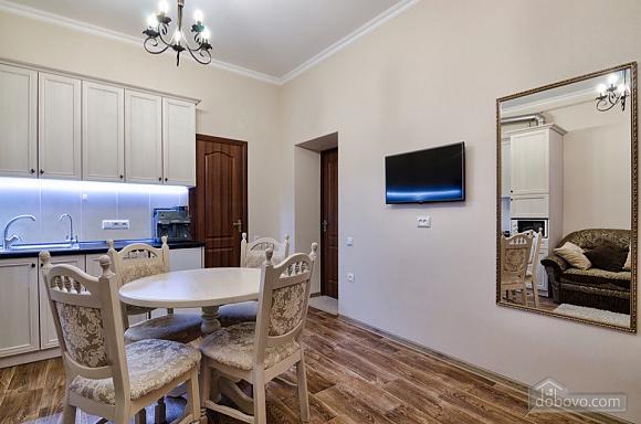 Apartment in the center of Lviv, Studio (89834), 011