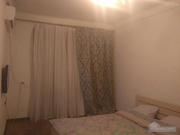 Apartment near to Druzhby Narodiv station, Studio (37657), 001