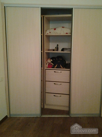 Apartment near to Druzhby Narodiv station, Studio (37657), 006
